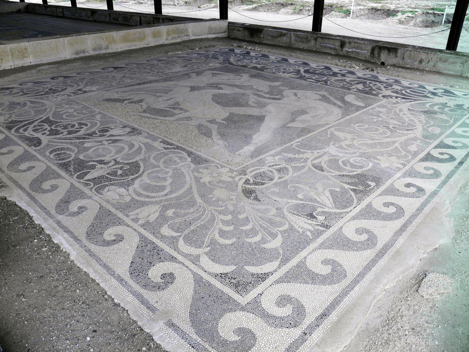 Prijestolnice Grčke i Antička Grčka: Pella