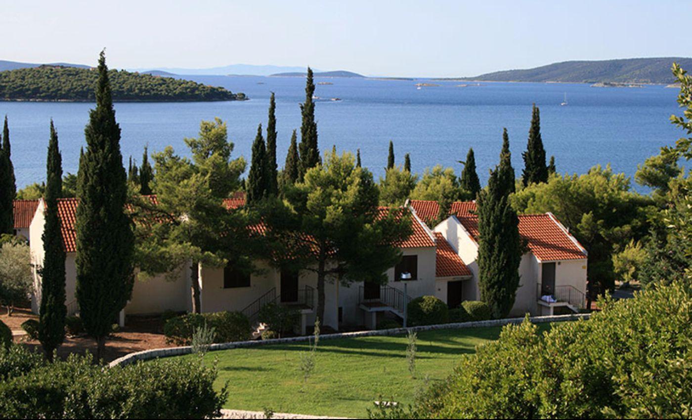 Najbolje od srednje i sjeverne Dalmacije: Smještaj: Apartmansko naselje Medena 3*, Trogir