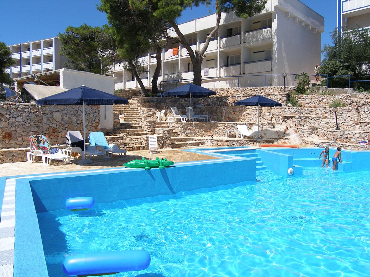 Ljepote sjeverne Dalmacije: Smještaj: hotel Colentum  3+*