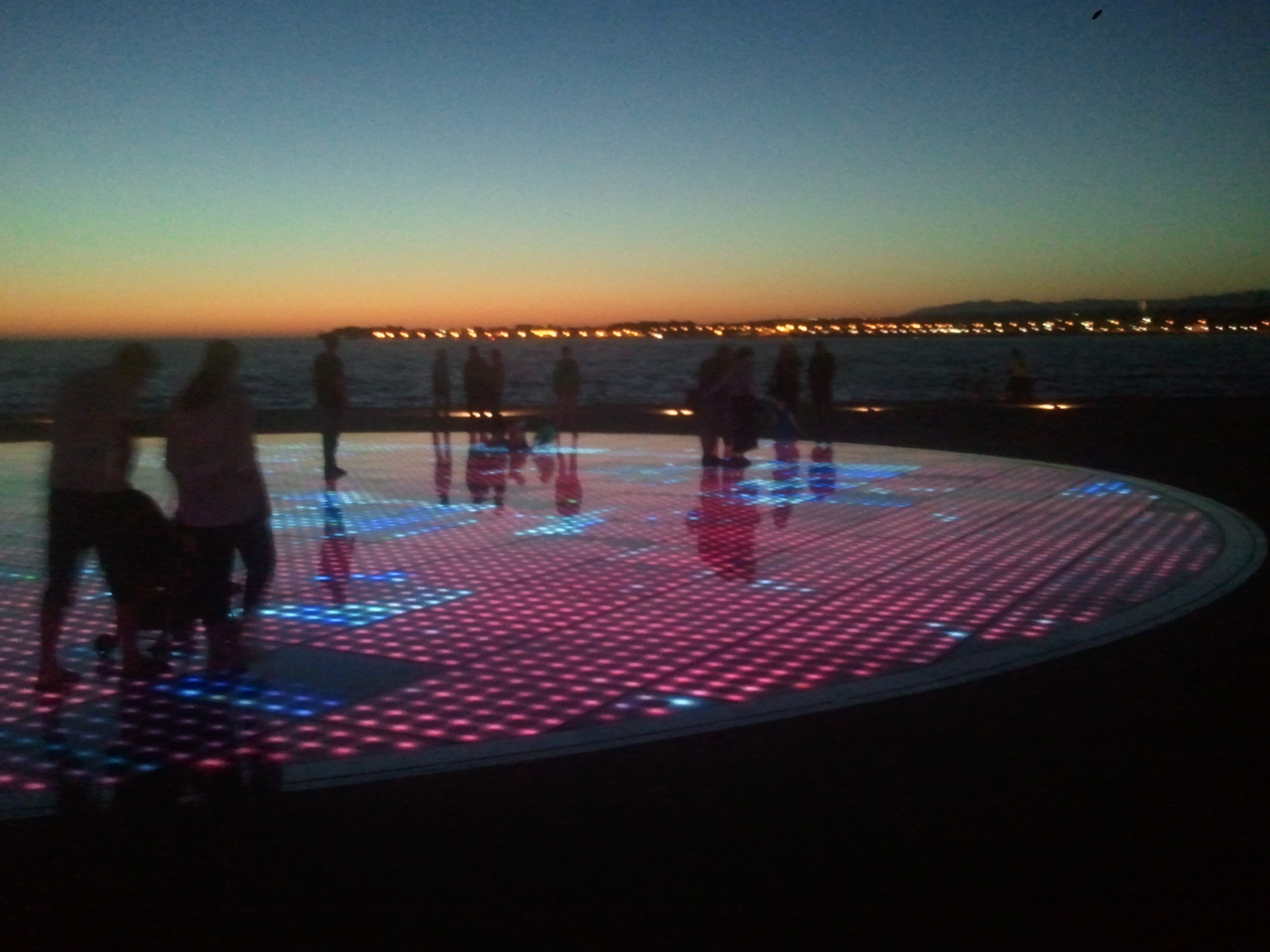 Ljepote sjeverne Dalmacije: Zadar: Pozdrav suncu