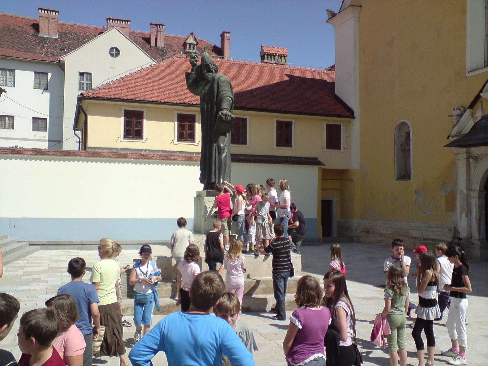 Hrvatsko Zagorje i Međimurje: Varaždin: spomenik Grguru Ninskom