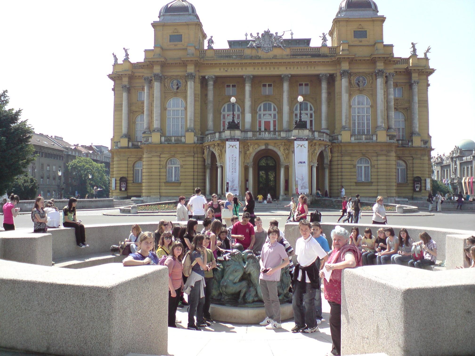 Zagreb - Opća tura: Hrvatsko narodno kazalište