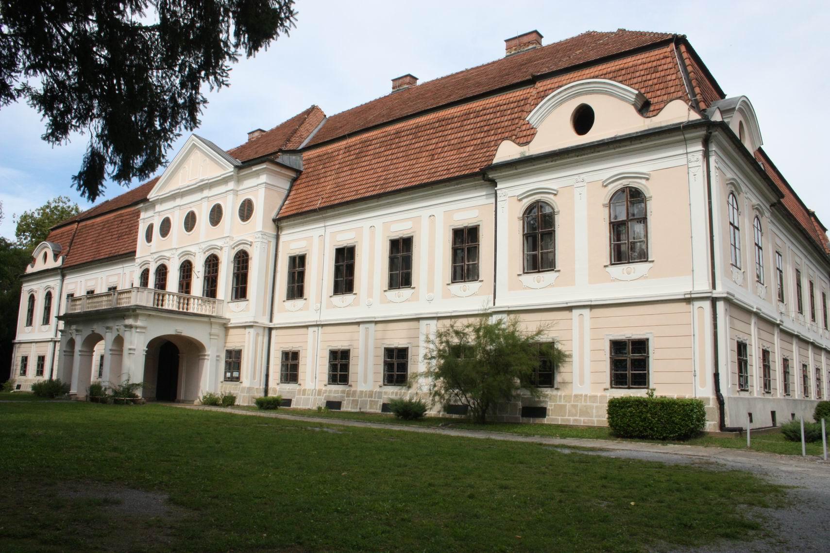Neotkrivena zapadna Slavonija: Daruvar: Dvorac Janković