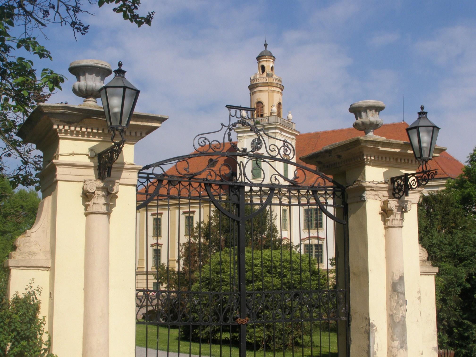 Slavonski plemići i najljepši dvorci Slavonije