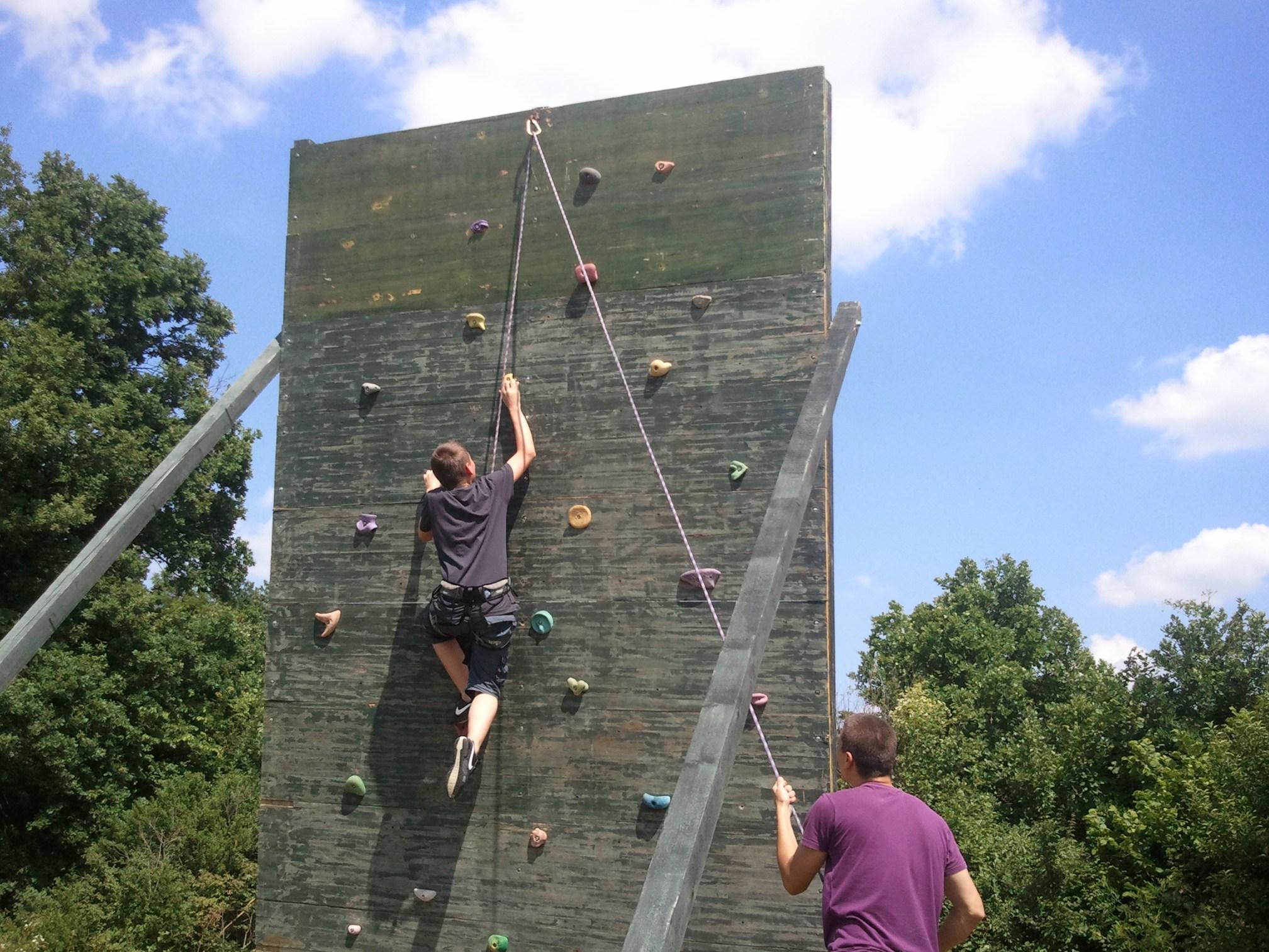 Našice: penjanje na umjetnu stijenu