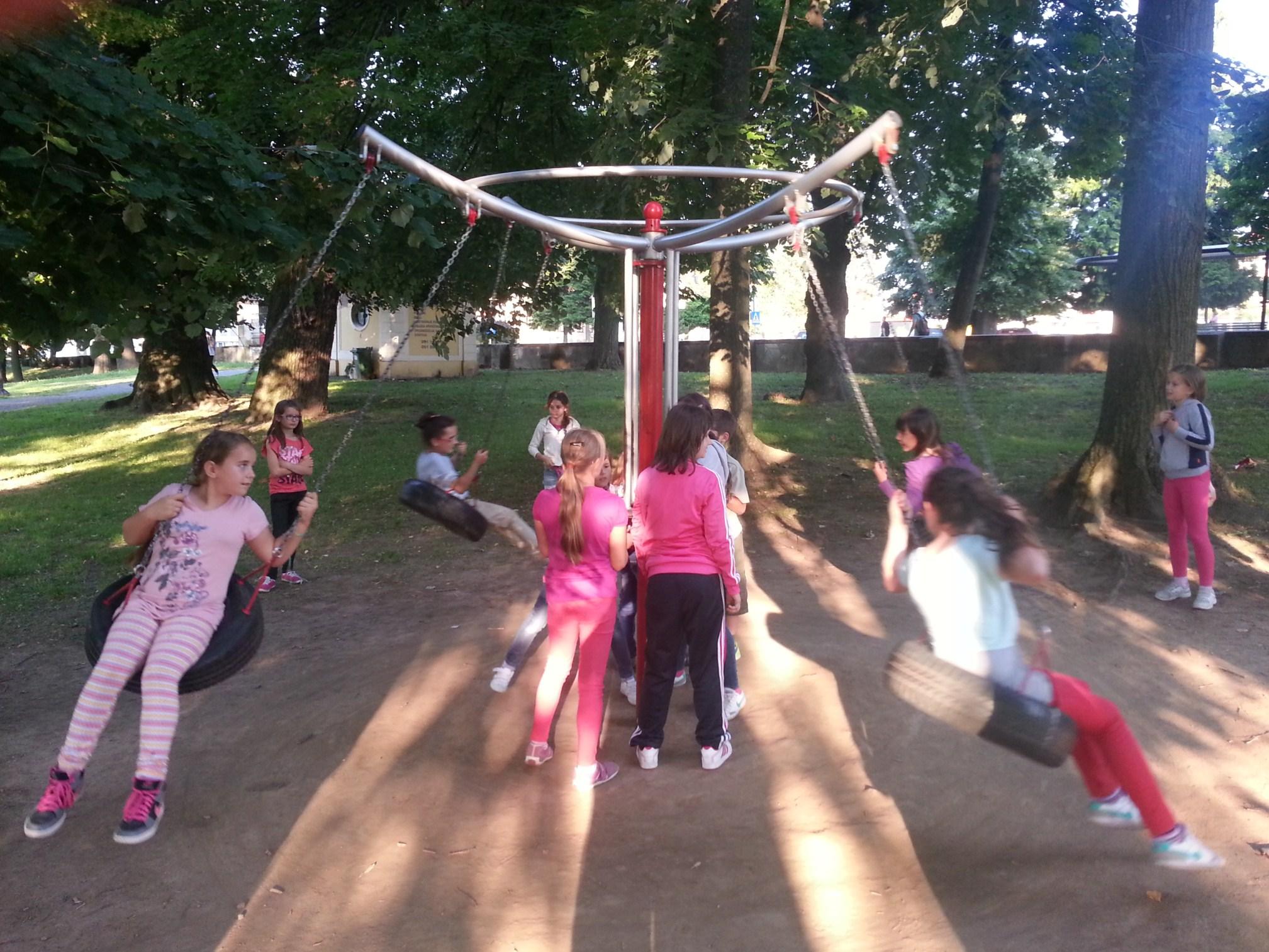 Našice: dječja igrališta Perivoja