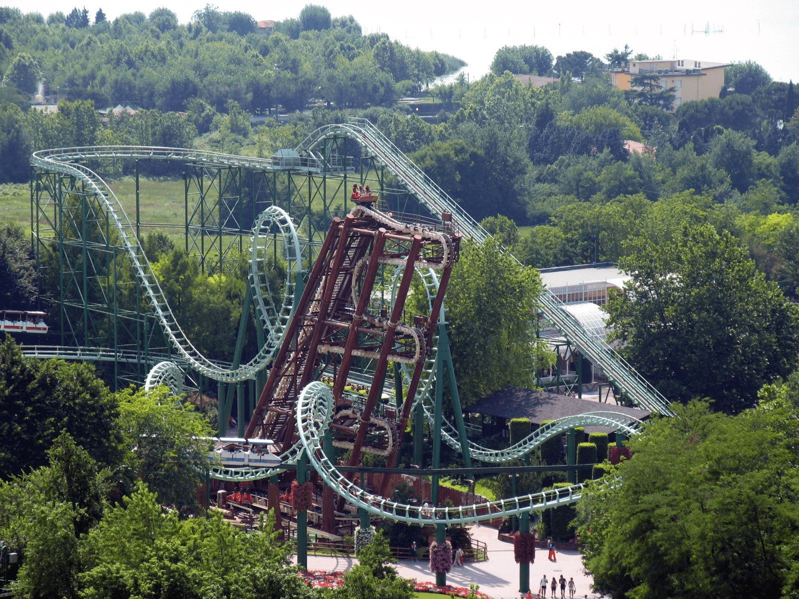 Gardaland: Gardaland: Magic mountain