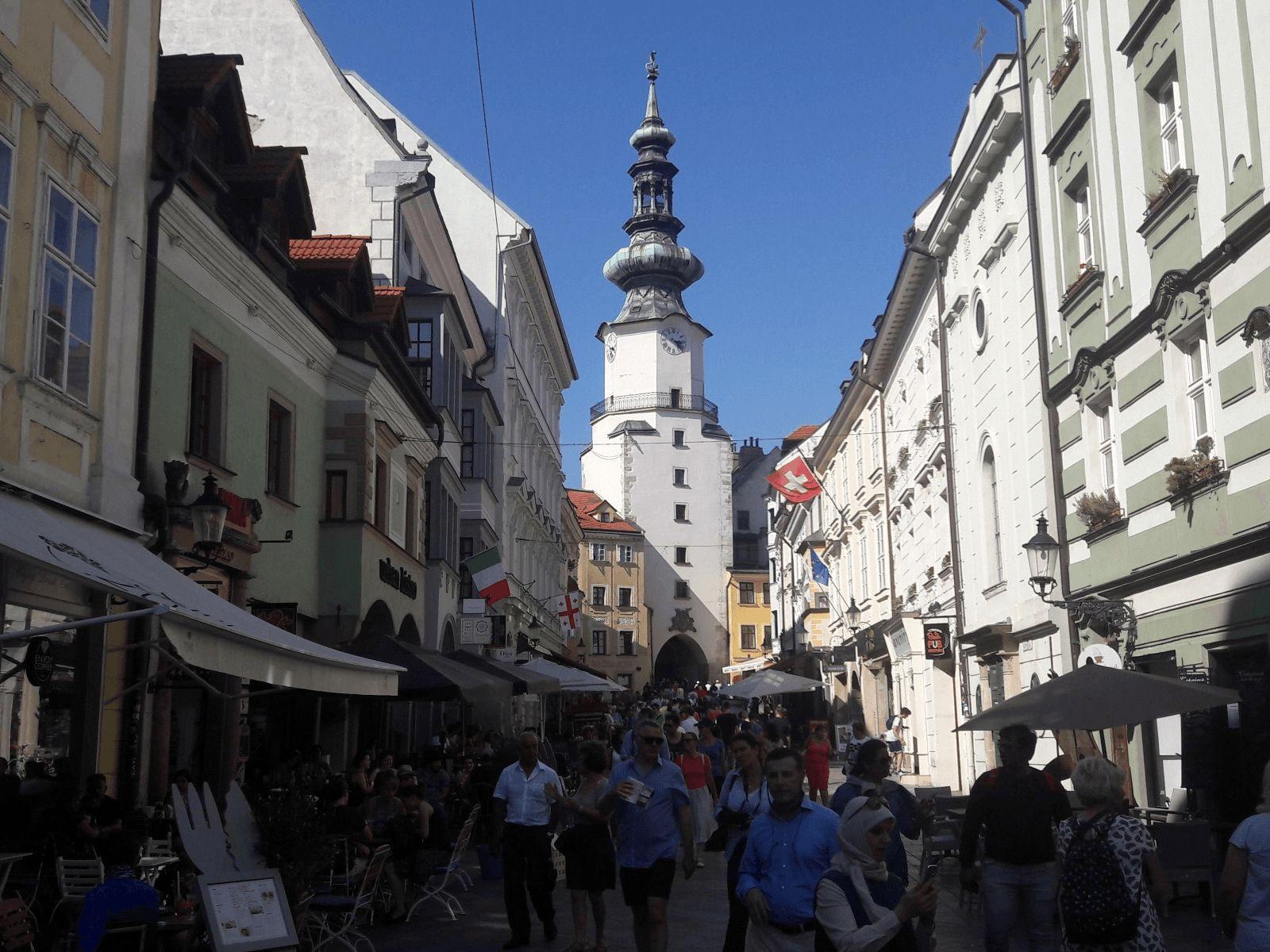 Prag, Beč, Bratislava i Budimpešta: Bratislava: Mihaelova vrata