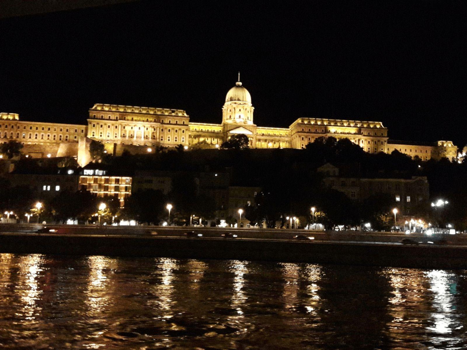 Prag, Beč, Bratislava i Budimpešta: Budimpešta: dvorac Budim