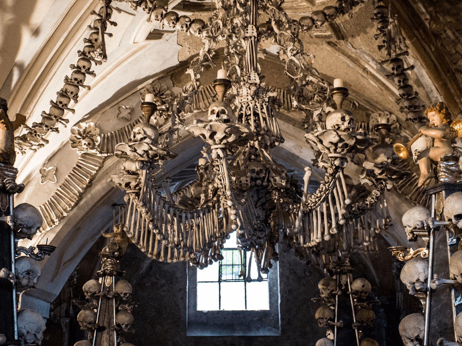 Prag, Beč, Bratislava i Budimpešta: Kutna Hora: kapela od ljudskih kostiju