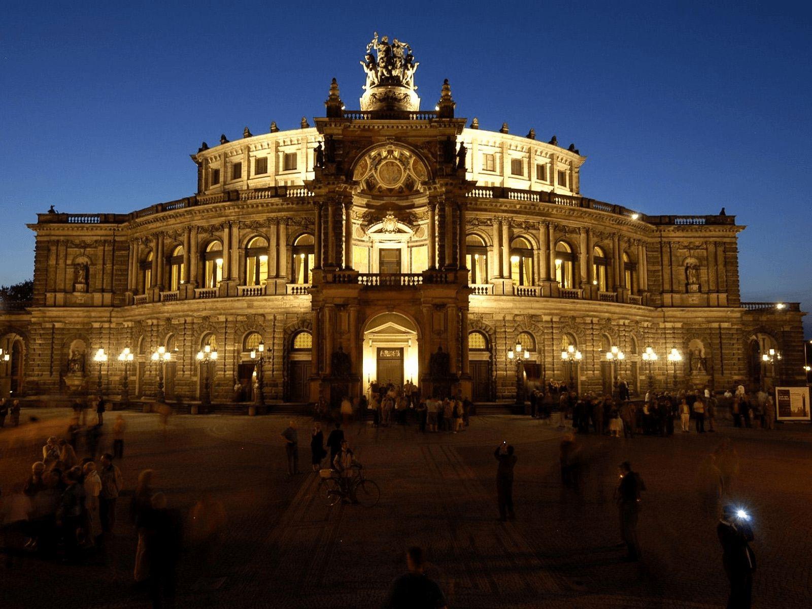 Prag, Munchen i Dresden: Dresden: Semper opera