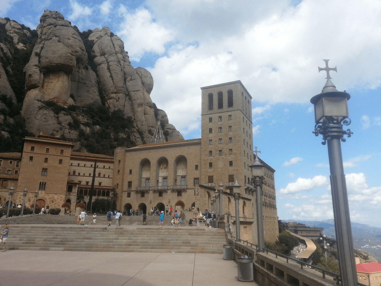 Španjolska i Gardaland: Svetište Montserrat