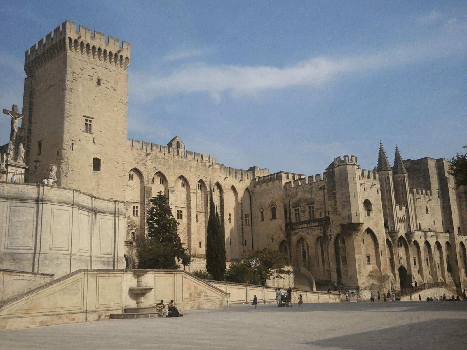 Španjolska i Provansa: Avignon: pape i antipape