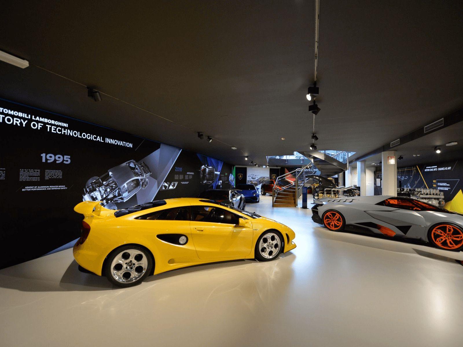 Italija top tour: Bologna: Lamborgini muzej