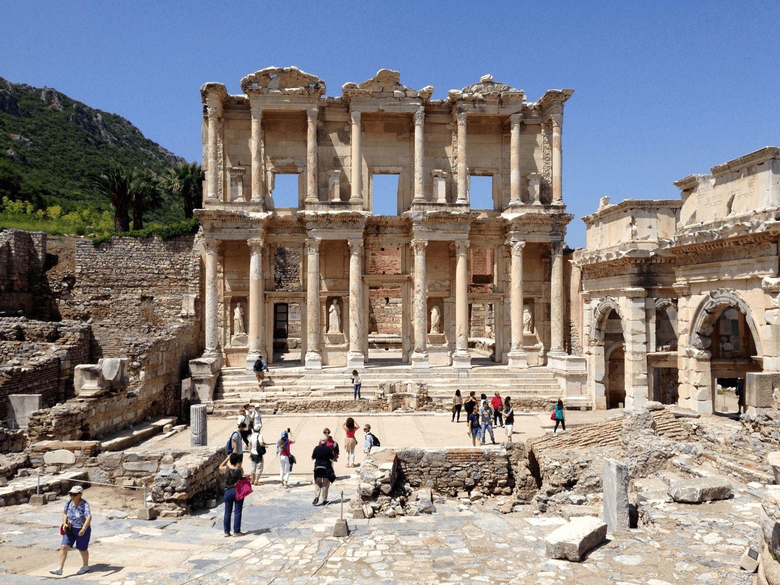 Kusadasi: Celzijeva knjižnica