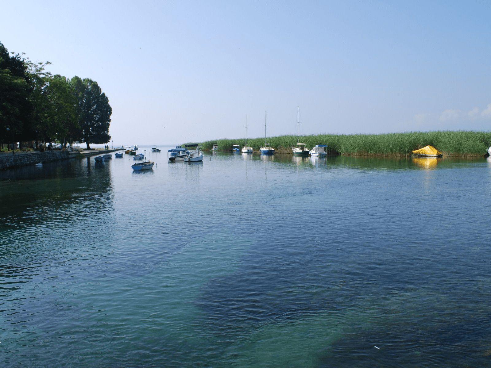 Ohrid i Skoplje: Ohrid: izvor rijeke Crni Drim
